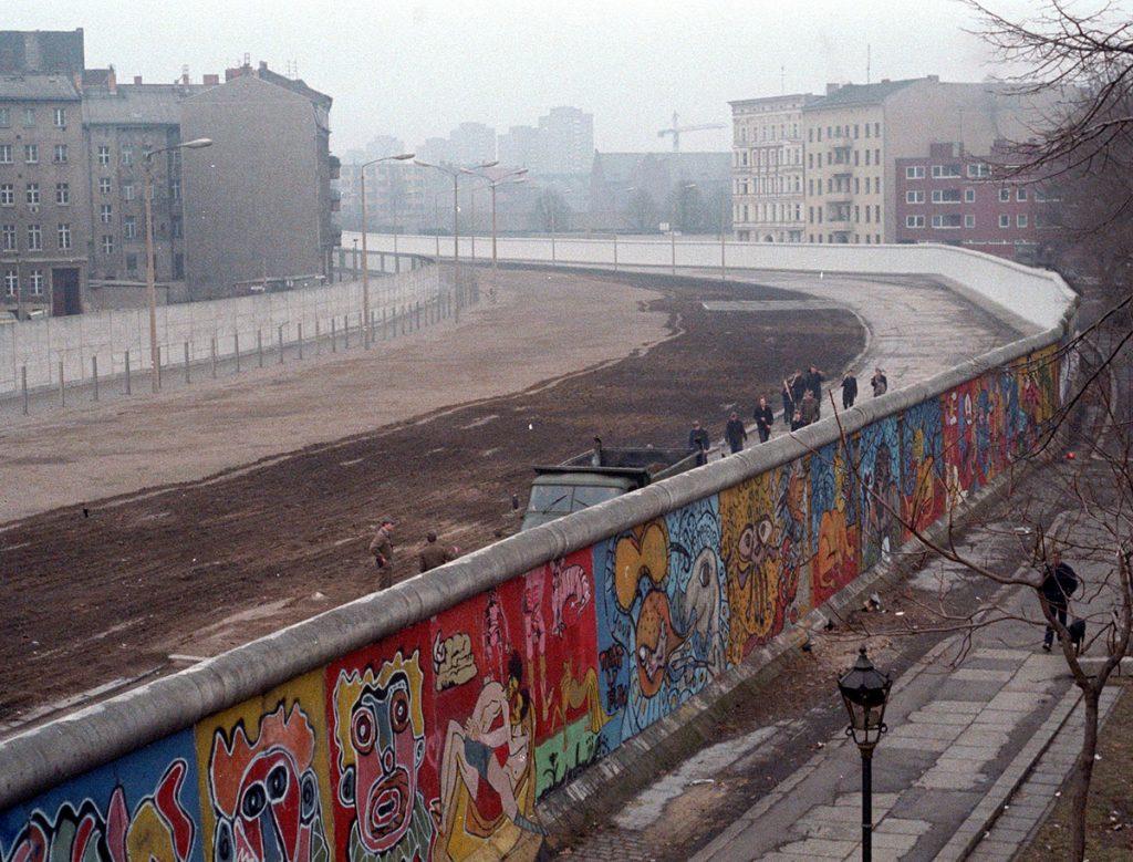 Berlin Wall COD 2020