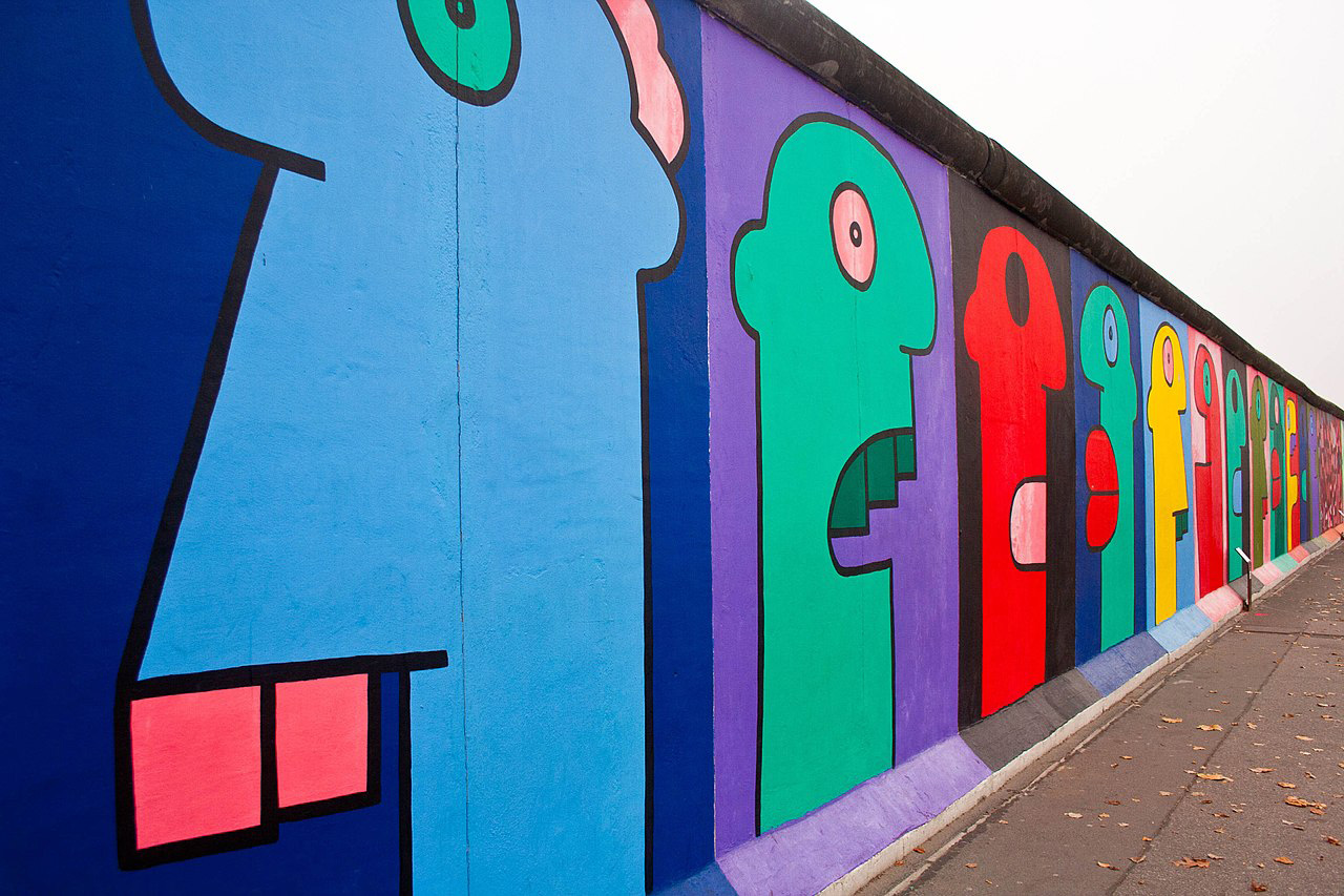 Thierry Noir - East Side Gallery-1