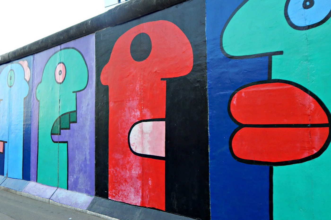 Thierry Noir - East Side Gallery-2